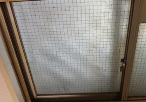 窓ガラスクリーニング前