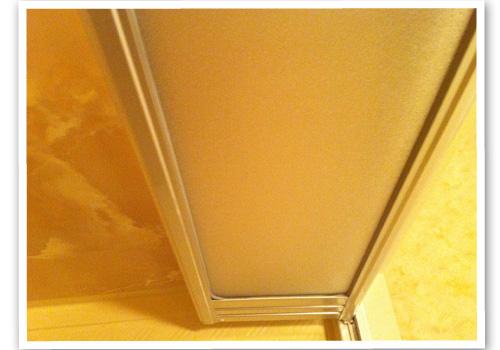 浴室の中折れ戸 ハウスクリーニング後